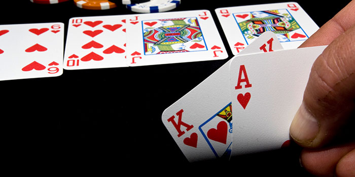 Urutan Kartu Poker Online Terbaik